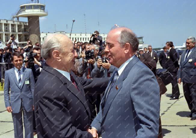 Külpolitika - Mihail Gorbacsov Budapesten