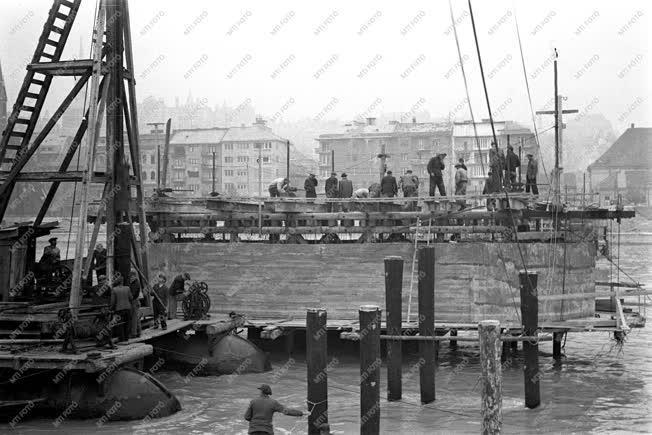 Történelem - A Kossuth híd építése