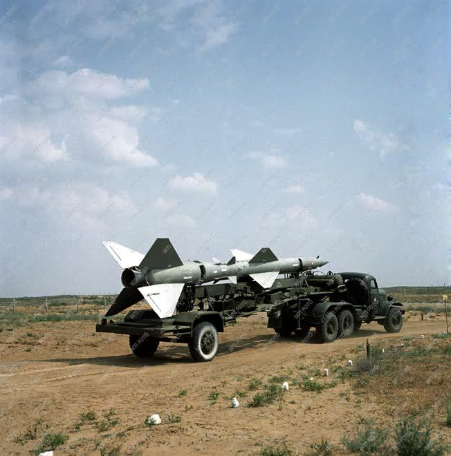 Fegyveres erők - Rakétalövészeten