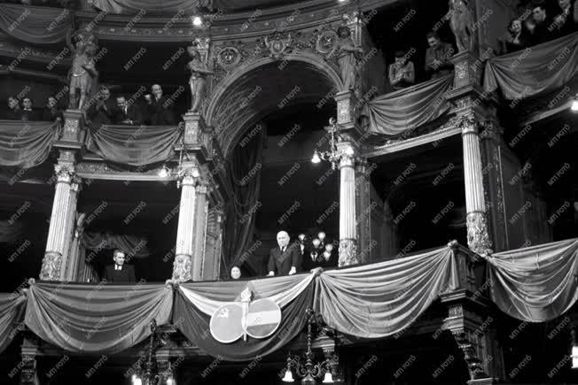 Ünnep - Magyar-Szovjet Barátsági Hónap