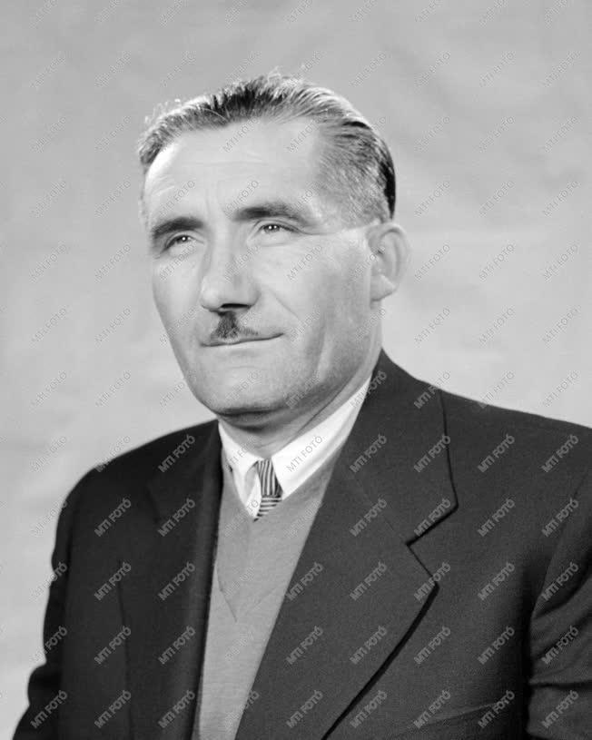 1961-es Kossuth-díjasok - Tőke János