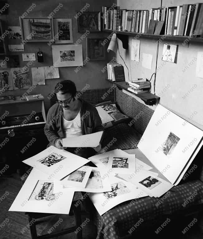 Kultúra - Lenkey Zoltán grafikáiból válogat
