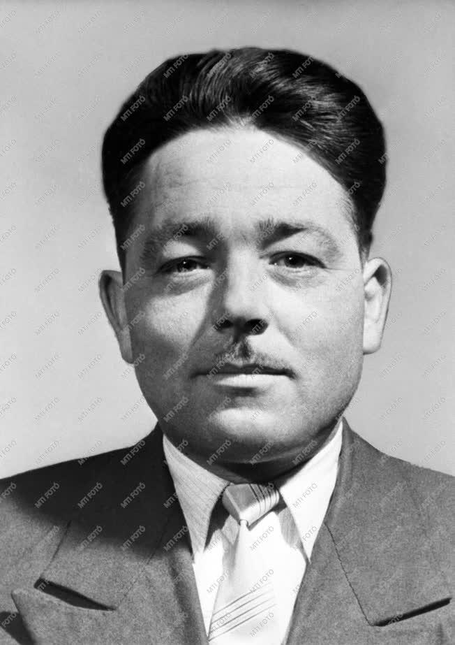 1962-es Kossuth-díjasok - Tóth András