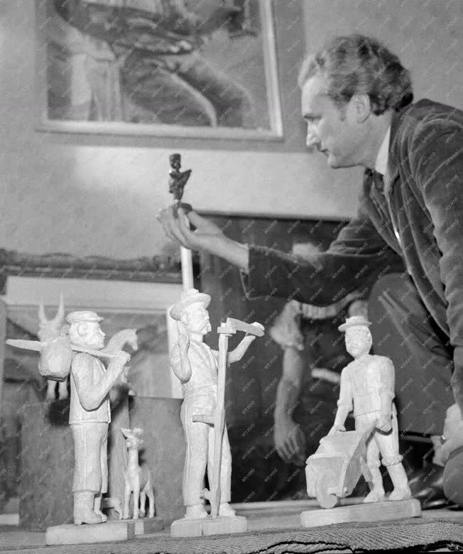 Kiállítás - Aufsattler György nyugdíjas, fafaragó kiállítása