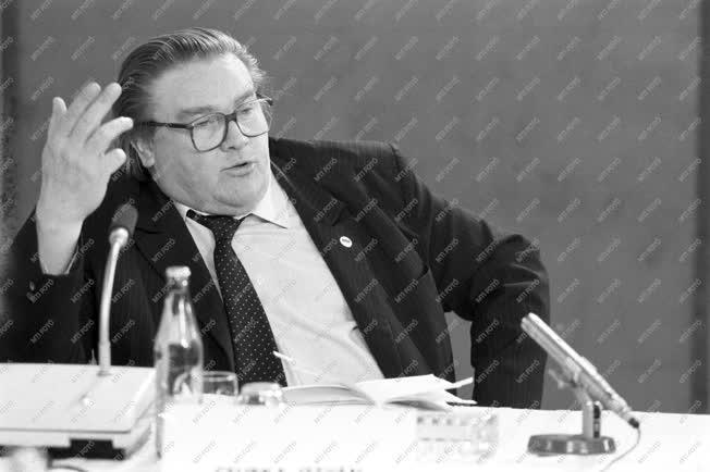 Belpolitika - MDF-MSZMP kerekasztal-megbeszélés