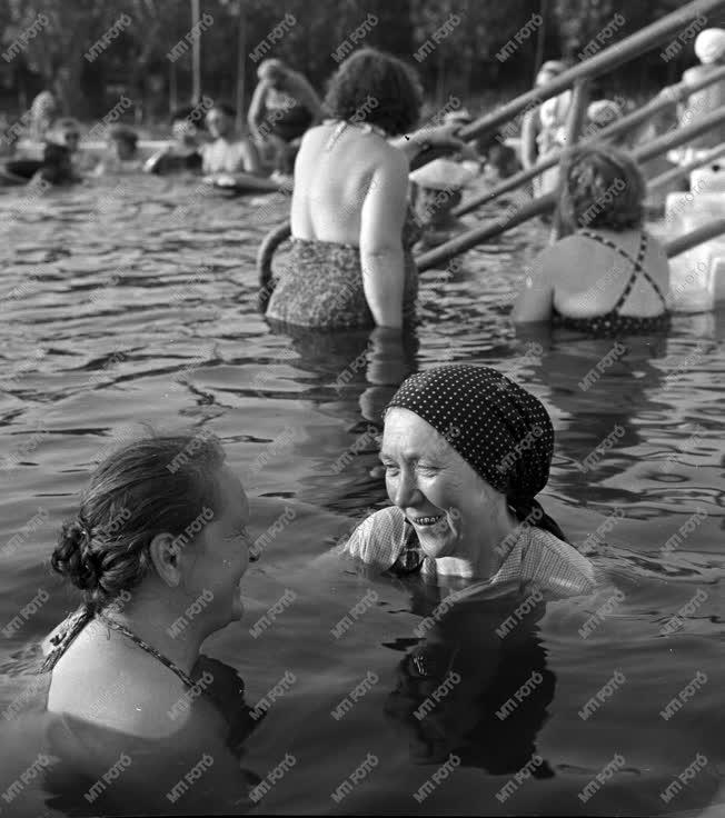 Életmód - A cserkeszőlői termálfürdő