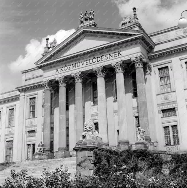 Városkép - Szeged - Móra Ferenc Múzeum