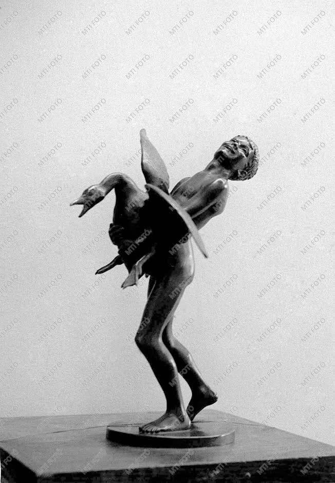 Reményi József szobrász
