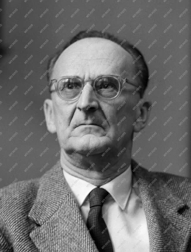 1962-es Kossuth-díjasok - Dr. Alföldy Zoltán