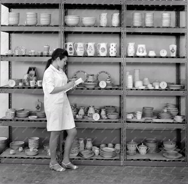 Kereskedelem - Artex - Alföldi Porcelángyár
