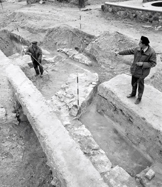 Kultúra - Megtalálták Géza nagyfejedelem feltételezett sírhelyét