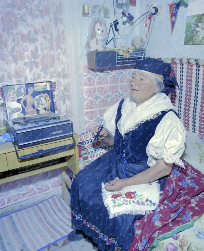 Folklór - Kazári asszony