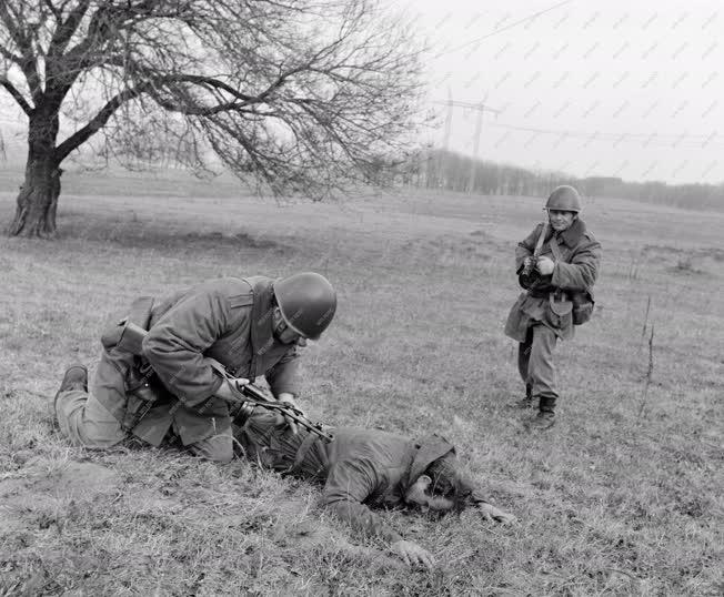 Belpolitika - Munkásőrök harcászati gyakorlata