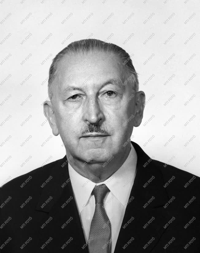 1973-as Állami-díjasok - Dr. Varga József