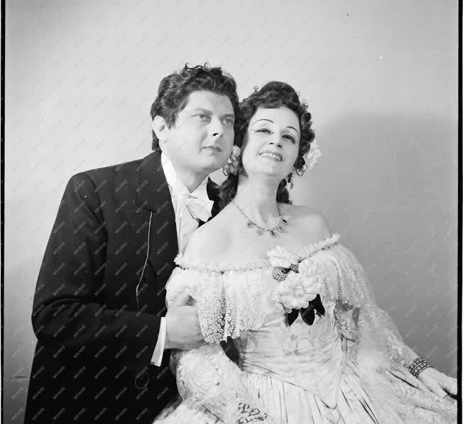 Kultúra - Opera - Nagypál László és Orosz Júlia operaénekesek