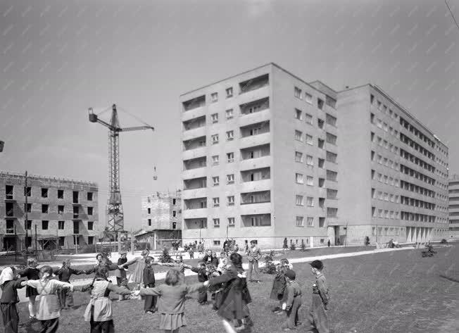 Városkép - Lakótelep