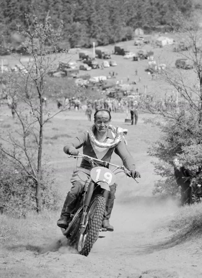 Sport - Motorsport - Motokrosszbajnokság