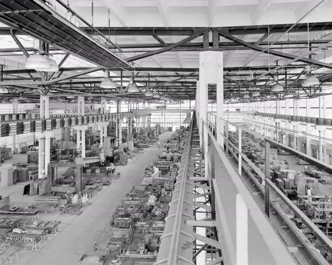 Ipar - Ikarus Gyár mátyásföldi gyáregysége