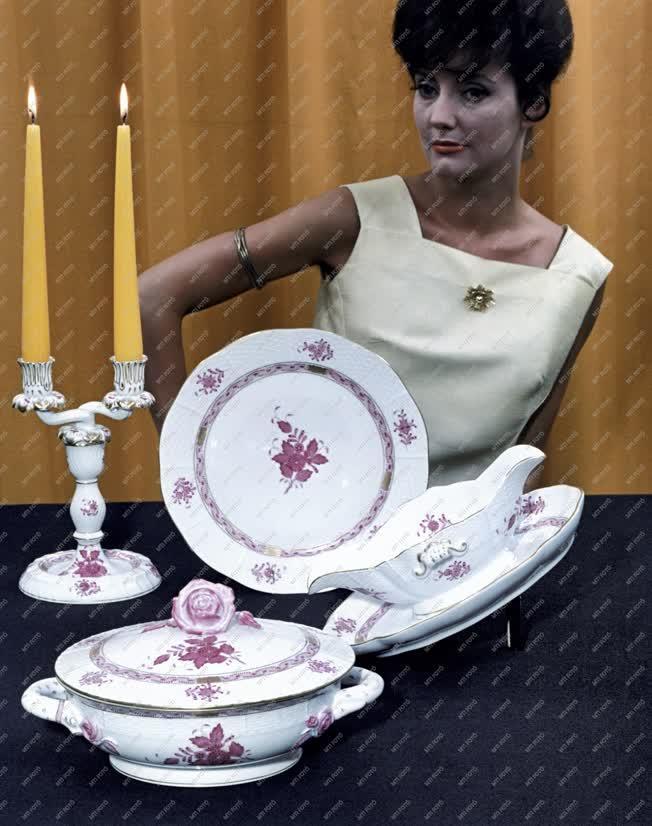 Reklám - Herendi porcelán étkészlet
