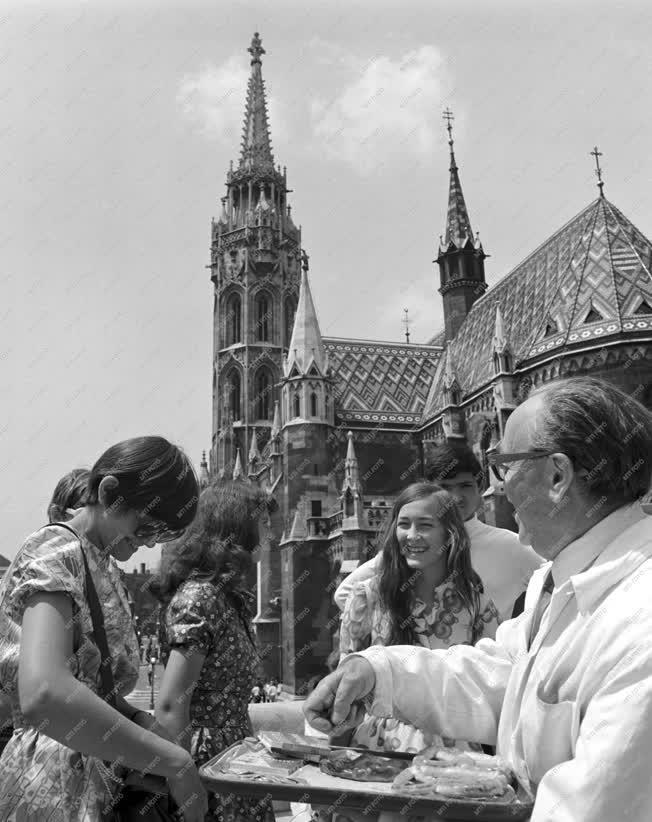 Idegenforgalom - Turizmus - Csúcsidény Budapesten