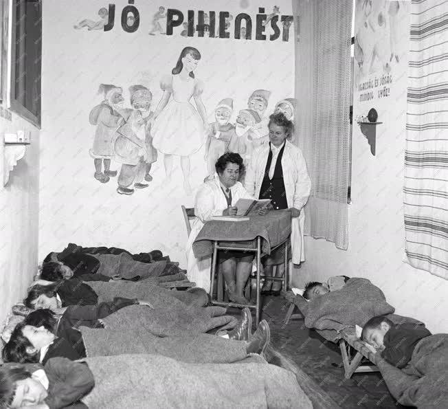 Oktatás - Napközis iskola Újpesten