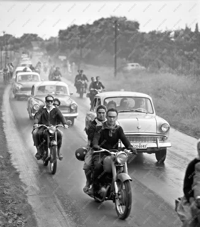 Közlekedés - Nyári forgalom
