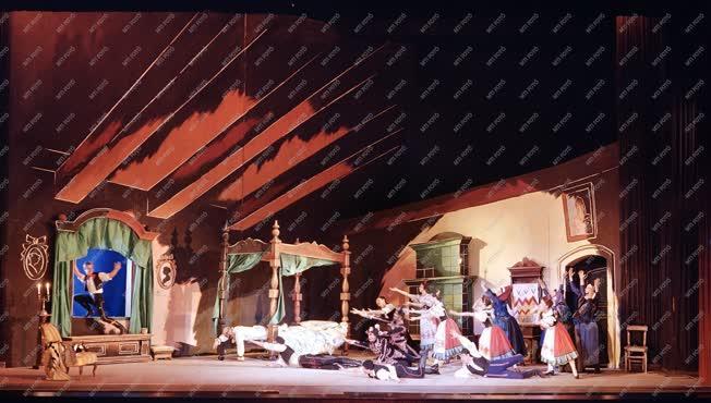 Kultúra - Színház - Lúdas Matyi