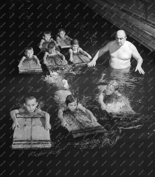 Sport - Úszás oktatás