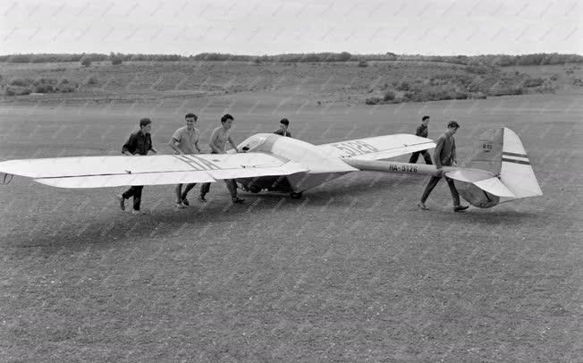 Sport - Szabadidő - Ganz Árammérő Gyár repülőklubja