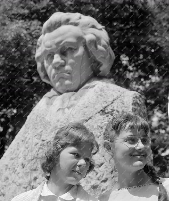 Megemlékezés - Beethoven-szobor