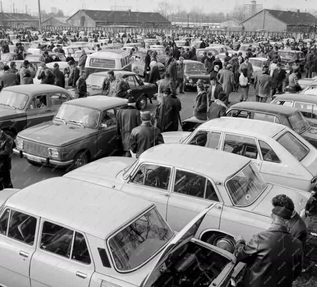 Ipar - Kereskedelem - Közlekedés - Autópiac