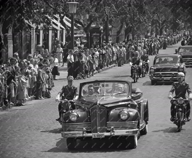 Külpolitika - Kwame Nkrumah ghanai elnök Budapesten