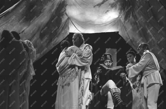 Kultúra - Színház - Sütő András: A szuzai mennyegző