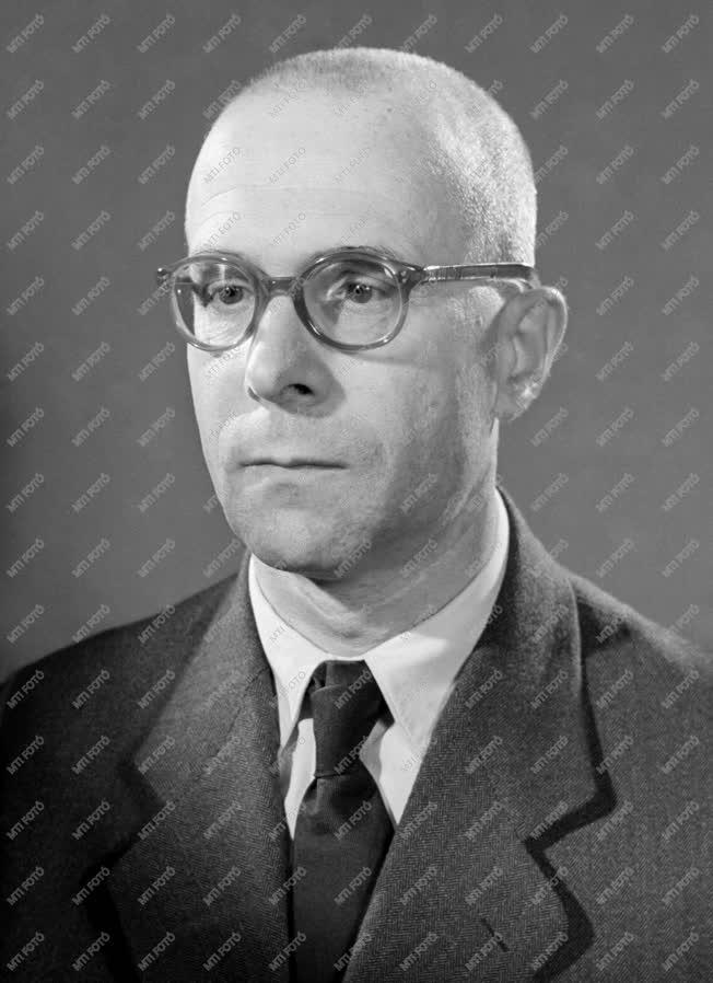 Kossuth-díjasok - Örösi Pál Zoltán
