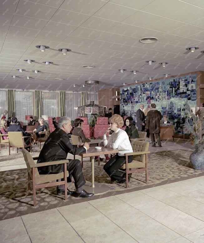Idegenforgalom - Vendéglátás - Hotel Duna InterContinental