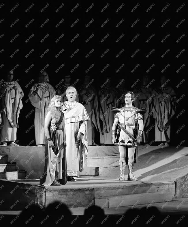 Opera - Ernster Dezső vendégszereplése Miskolcon