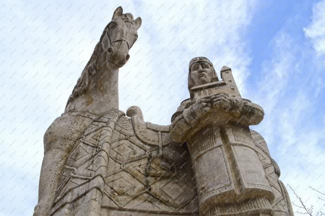 Köztéri szobor - Budapest - Szent István király
