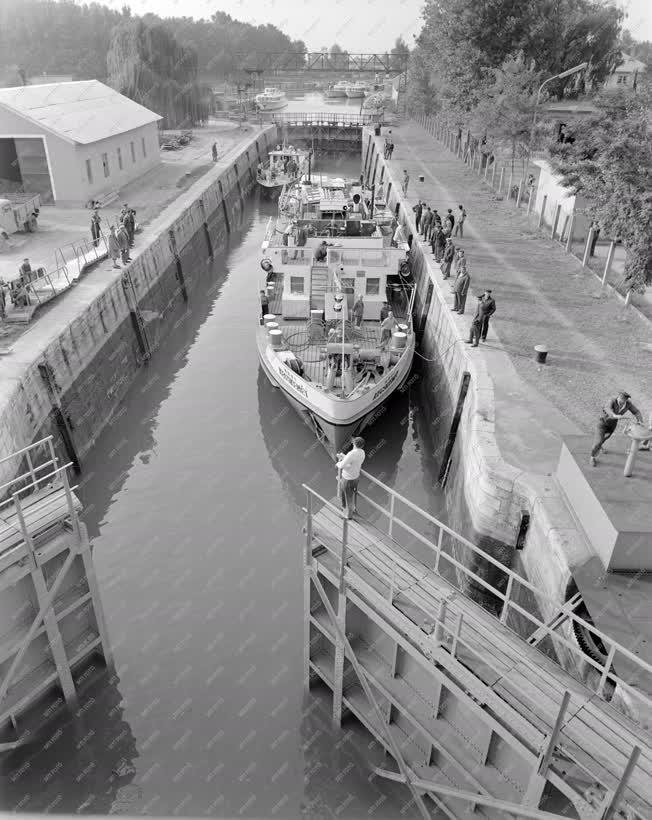 Ipar - Hajógyártás