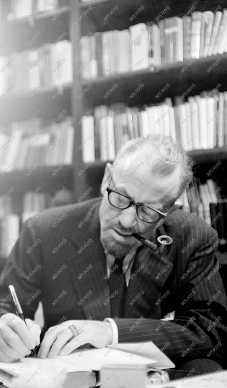 Kultúra - John Steinbeck amerikai író Budapesten
