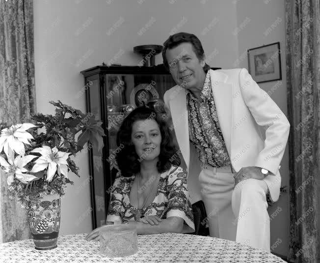 Kultúra - A Záray-Vámosi házaspár otthonában