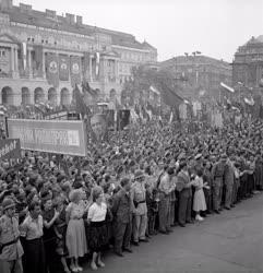 Belpolitika - Békenagygyűlés Budapesten