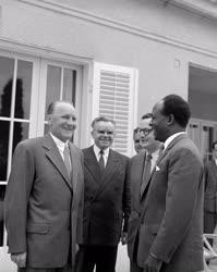 Külkapcsolat - A ghanai elnök és Kádár János Balatonaligán