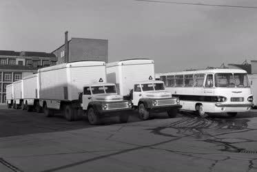 Ipar - Járműgyártás - Az Ikarus termékei