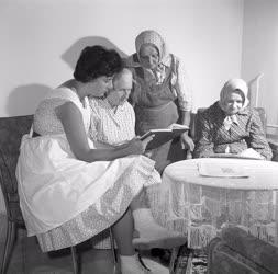 Szociálpolitika - Kastélyból szociális otthon