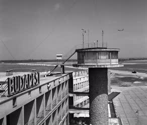 Közlekedés - Légi közlekedés - A Ferihegyi repülőtér