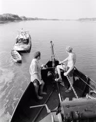 Vízi közlekedés - Vontatóhajók a Dunán