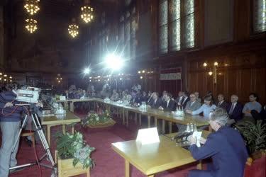 Rendszerváltás - Politikai egyeztető tárgyalások