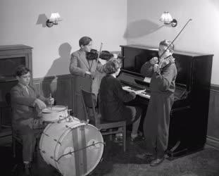 Kultúra - Iskolai zeneker próbája