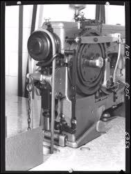 Ipar - Csepel Vas- és Fémművek -  Varrógép