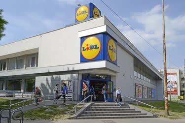 ff4006d8bc MTVA Archívum | Kereskedelem - Budapest - Az IKEA áruház